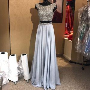 Sherri Hill 0 Silver Prom Dress